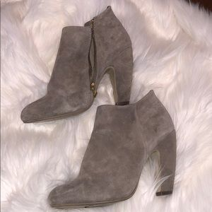 Steve Madden nude booties!!!! Size 8